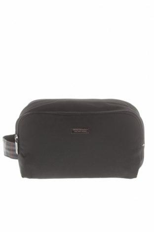 dbd04f43181d Kozmetikai táska Burberry - kedvező áron Remixben - #4095240