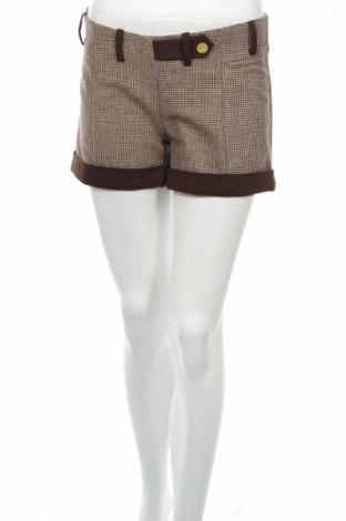 Дамски къс панталон Sarah Chole