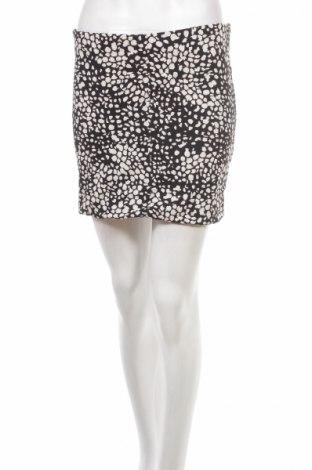 Пола H&M, Размер M, Цвят Черен, 95% памук, 5% еластан, Цена 5,25лв.