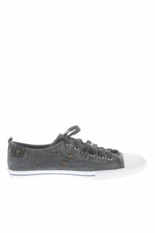 Γυναικεία παπούτσια Big Star