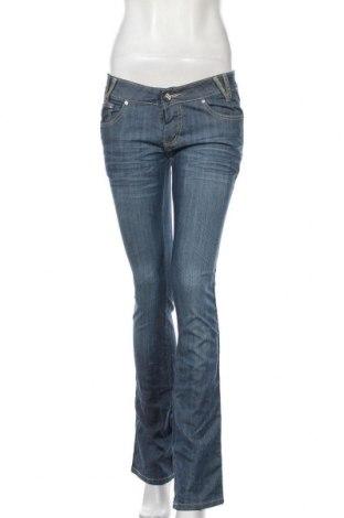 Дамски дънки, Размер M, Цвят Син, 97% памук, 3% еластан, Цена 7,61лв.