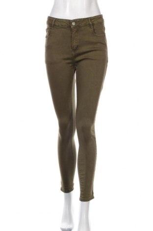 Дамски дънки, Размер M, Цвят Зелен, 70% памук, 25% полиестер, 5% еластан, Цена 16,38лв.
