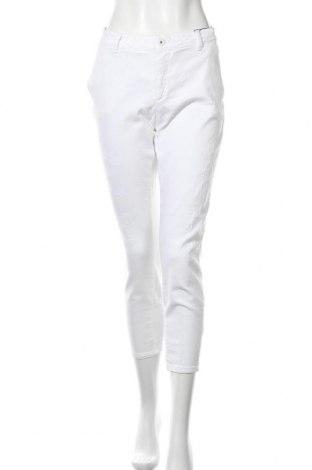 Дамски дънки Ichi, Размер L, Цвят Бял, 98% памук, 2% еластан, Цена 24,92лв.