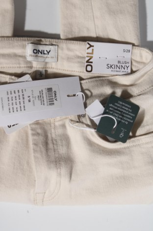 Дамски дънки ONLY, Размер S, Цвят Бежов, 92% памук, 6% други тъкани, 2% еластан, Цена 16,59лв.