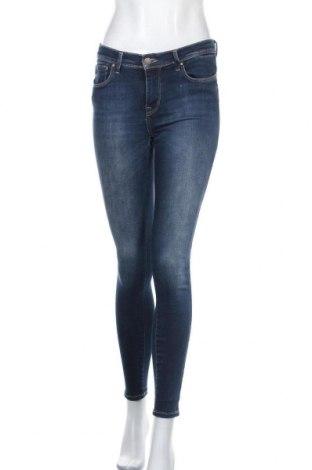 Дамски дънки ONLY, Размер M, Цвят Син, 91% памук, 9% еластан, Цена 21,66лв.