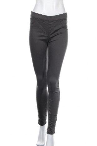 Дамски панталон Clockhouse, Размер M, Цвят Сив, 63% памук, 34% полиестер, 3% еластан, Цена 15,80лв.