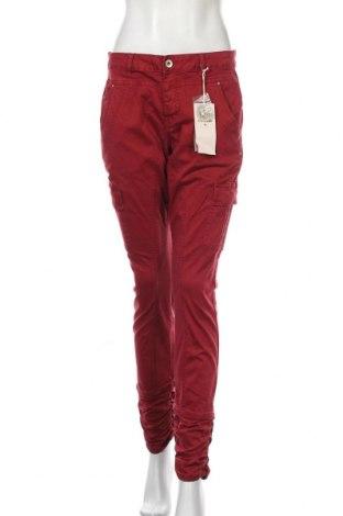 Дамски панталон Cream, Размер M, Цвят Червен, 98% памук, 2% еластан, Цена 31,24лв.