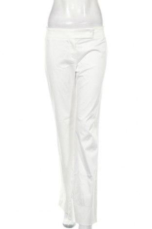 Дамски панталон Escada, Размер M, Цвят Бял, Цена 36,92лв.