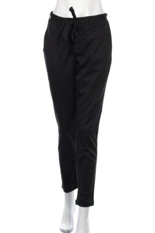 Дамски панталон Kaffe, Размер M, Цвят Черен, 65% лиосел, 32% памук, 3% еластан, Цена 32,76лв.