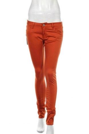 Дамски панталон Le Temps Des Cerises, Размер M, Цвят Оранжев, 97% памук, 3% еластан, Цена 13,80лв.