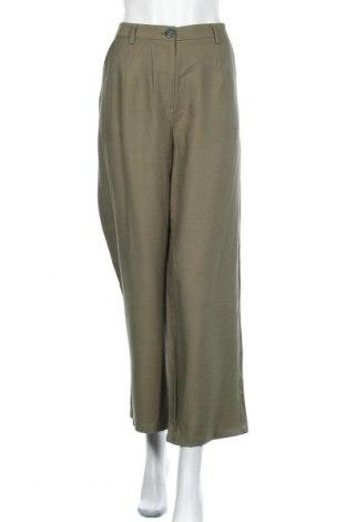 Дамски панталон Object, Размер L, Цвят Зелен, 91% вискоза, 9% полиестер, Цена 15,98лв.