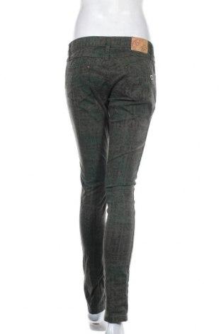 Дамски панталон Please, Размер L, Цвят Зелен, 97% памук, 3% еластан, Цена 23,22лв.