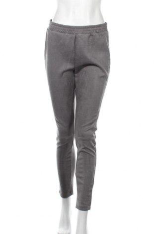 Дамски панталон WE, Размер L, Цвят Сив, 94% полиестер, 6% еластан, Цена 9,31лв.