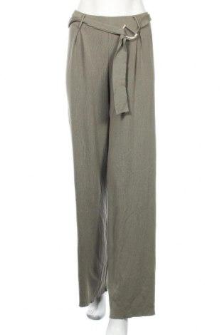 Дамски панталон Zara, Размер S, Цвят Зелен, 71% вискоза, 29% полиамид, Цена 17,58лв.