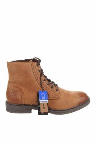 Мъжки обувки Jack & Jones, Размер 44, Цвят Бежов, Естествена кожа, Цена 46,54лв.