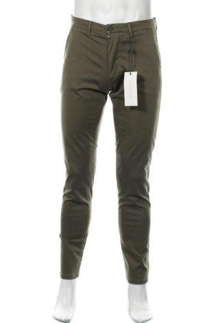Мъжки панталон Casual Friday, Размер M, Цвят Зелен, 97% памук, 3% еластан, Цена 26,07лв.