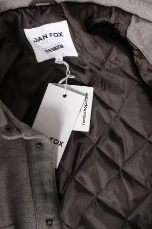 Мъжко яке About You, Размер S, Цвят Сив, 92% полиестер, 6% вискоза, 2% еластан, Цена 45,15лв.