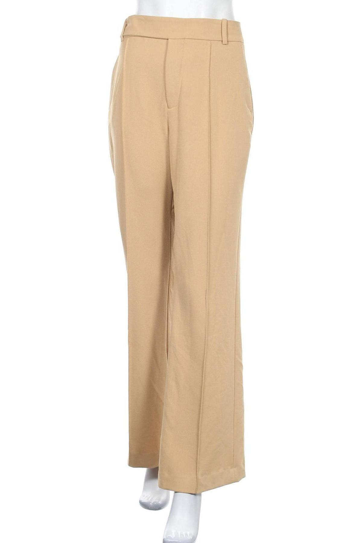 Дамски панталон Zara, Размер L, Цвят Бежов, 68% полиестер, 29% вискоза, 3% еластан, Цена 14,26лв.