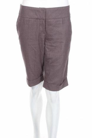 Γυναικείο κοντό παντελόνι Orsay