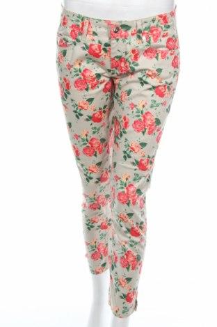 Дамски панталон Liu Jo, Размер M, Цвят Многоцветен, 97% памук, 3% еластан, Цена 74,40лв.