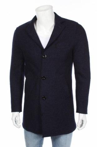 Мъжко палто Cortefiel