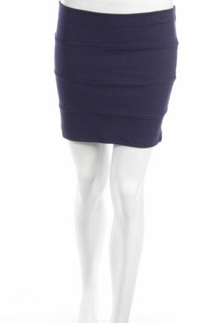 Пола Miss Shop, Размер M, Цвят Син, 65% вискоза, 25% полиамид, 10% еластан, Цена 4,50лв.