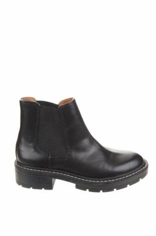 Dámské boty  Pull&Bear, Velikost 37, Barva Černá, Eko kůže, Cena  464,00Kč
