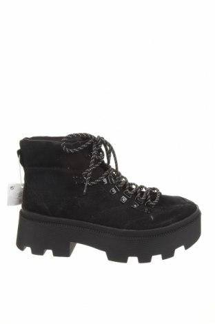 Dámské boty  Pull&Bear, Velikost 38, Barva Černá, Textile , Cena  503,00Kč