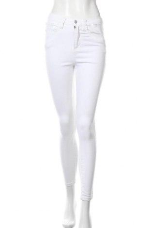 Дамски дънки, Размер S, Цвят Бял, Цена 14,22лв.