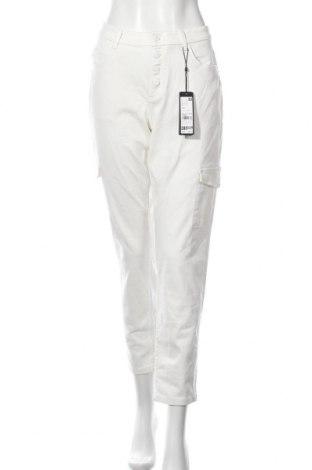Дамски дънки Comma,, Размер XL, Цвят Бял, 97% памук, 3% еластан, Цена 96,75лв.