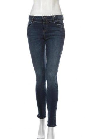 Дамски дънки Edc By Esprit, Размер M, Цвят Син, 47% памук, 38% лиосел, 13% полиестер, 4% еластан, Цена 23,36лв.