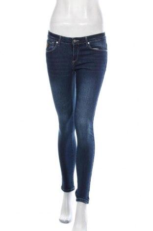 Дамски дънки Lois, Размер M, Цвят Син, 98% памук, 2% еластан, Цена 38,64лв.