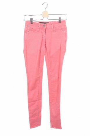 Дамски дънки Miss Sixty, Размер XS, Цвят Розов, 98% памук, 2% еластан, Цена 15,75лв.