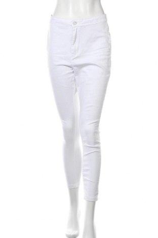 Дамски дънки Missguided, Размер L, Цвят Бял, 98% памук, 2% еластан, Цена 11,92лв.