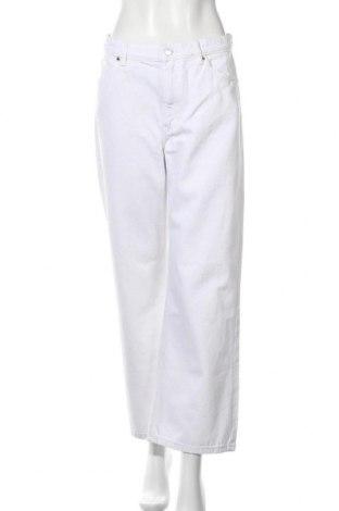 Дамски дънки Monki, Размер M, Цвят Бял, Памук, Цена 25,80лв.