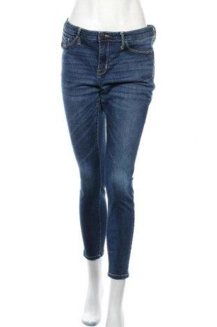 Дамски дънки Mossimo, Размер L, Цвят Син, 91% памук, 7% полиестер, 2% еластан, Цена 20,58лв.