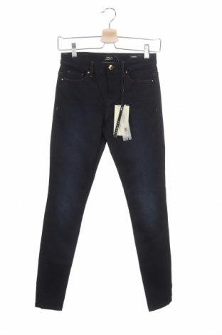 Дамски дънки ONLY, Размер XS, Цвят Син, 78% памук, 15% модал, 6% полиестер, 3% еластан, Цена 51,75лв.