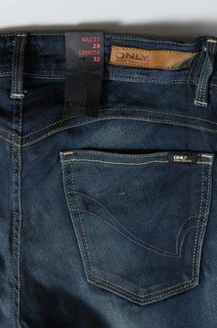 Дамски дънки ONLY, Размер M, Цвят Син, 98% памук, 2% еластан, Цена 25,81лв.