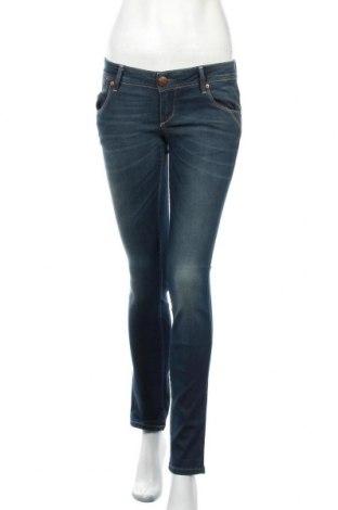 Дамски дънки ONLY, Размер S, Цвят Син, 98% памук, 2% еластан, Цена 15,27лв.