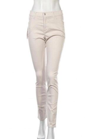 Дамски дънки Pioneer, Размер S, Цвят Бежов, 98% памук, 2% еластан, Цена 19,72лв.