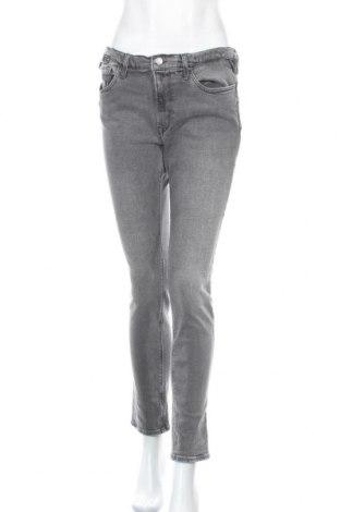 Дамски дънки Replay, Размер L, Цвят Сив, 99% памук, 1% еластан, Цена 33,81лв.