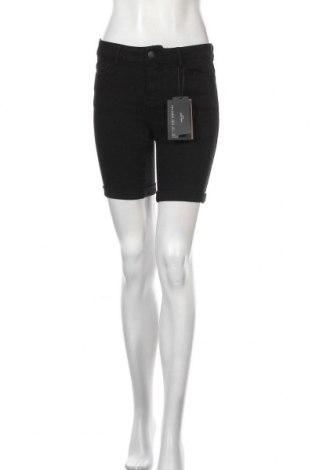 Дамски къс панталон Vero Moda, Размер S, Цвят Черен, 72% памук, 26% полиестер, 2% еластан, Цена 40,50лв.