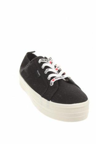 Γυναικεία παπούτσια Pull&Bear, Μέγεθος 39, Χρώμα Μαύρο, Κλωστοϋφαντουργικά προϊόντα, Τιμή 14,47€