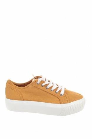 Дамски обувки Pull&Bear, Размер 37, Цвят Жълт, Текстил, Цена 29,25лв.