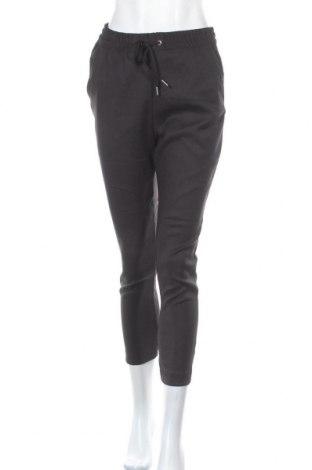 Дамски панталон H&M L.O.G.G., Размер S, Цвят Черен, 47% полиестер, 45% вискоза, 6% полиамид, 2% еластан, Цена 8,82лв.