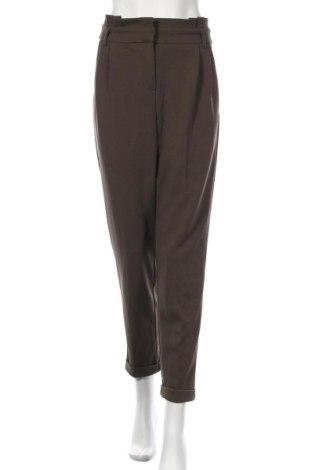 Дамски панталон Le Chateau, Размер M, Цвят Зелен, 95% полиестер, 5% еластан, Цена 11,81лв.