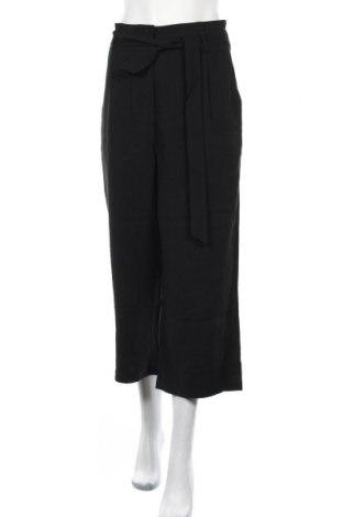 Дамски панталон Vero Moda, Размер L, Цвят Черен, 93% вискоза, 7% полиестер, Цена 15,44лв.