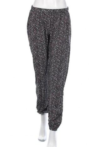 Дамски панталон Vrs Woman, Размер M, Цвят Многоцветен, Вискоза, Цена 15,02лв.