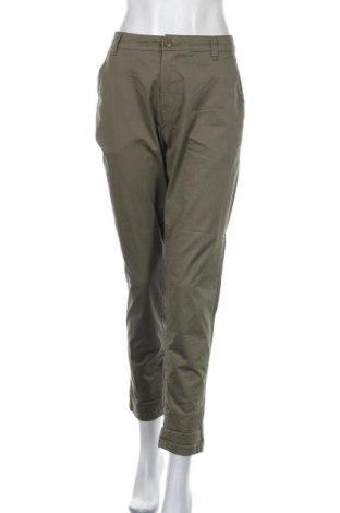 Дамски панталон Yessica, Размер L, Цвят Зелен, 98% памук, 2% еластан, Цена 11,34лв.