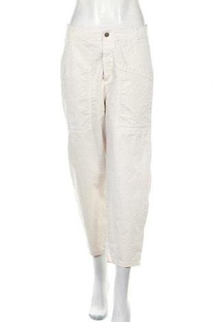 Дамски панталон Zara, Размер M, Цвят Бежов, Цена 14,44лв.